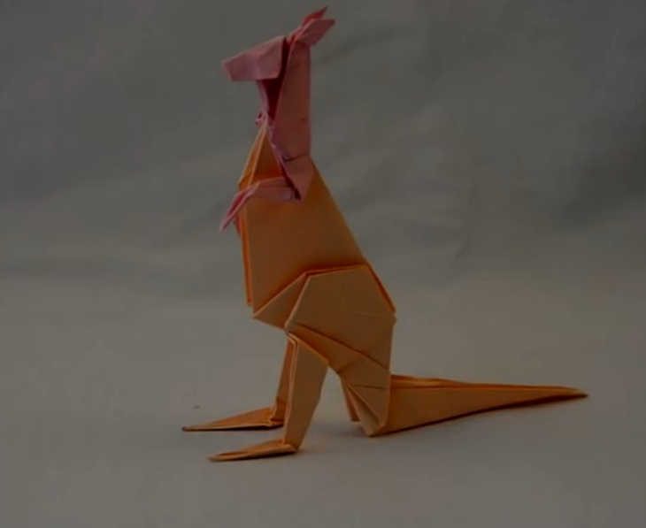▶ Origami Kangaroo - YouTube - Mozilla Firefox