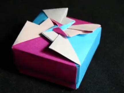 Оригами коробочка с крышкой.